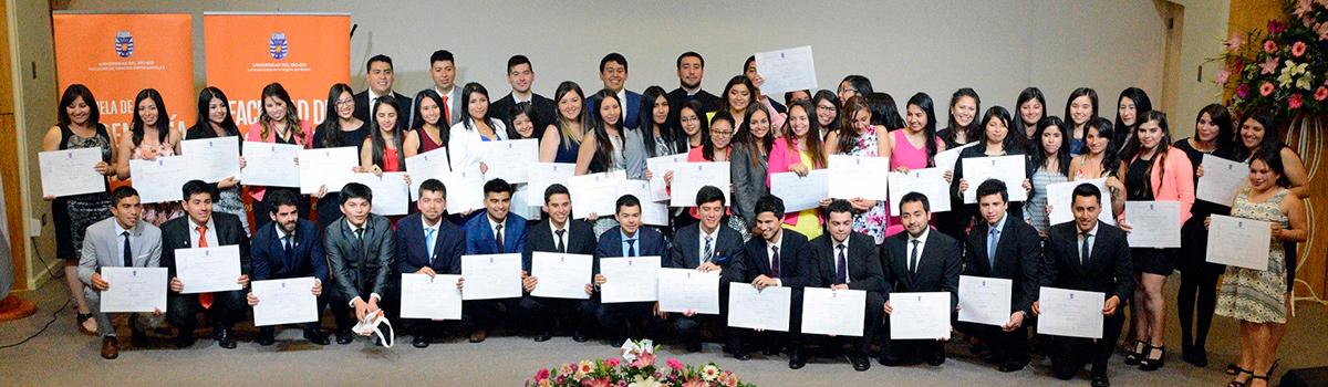 Facultad de Ciencias Empresariales entregó diplomas de título a más de 160 profesionales