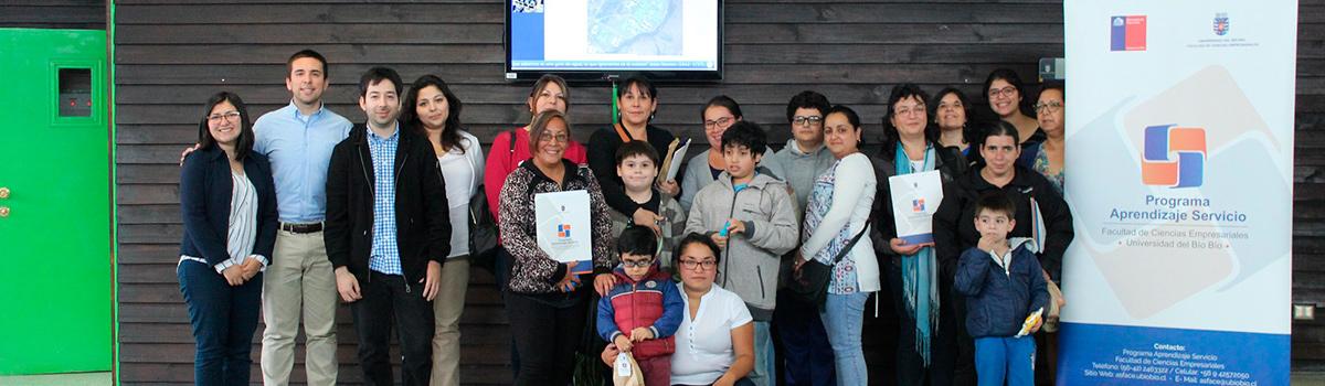 Aprendizaje Servicio capacitó en alfabetización digital a padres de agrupación Nuestro Mundo Especial