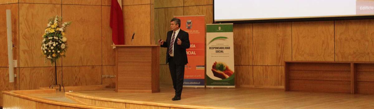 Ingeniería Comercial sede Chillán realizó el XII Seminario de Responsabilidad Social