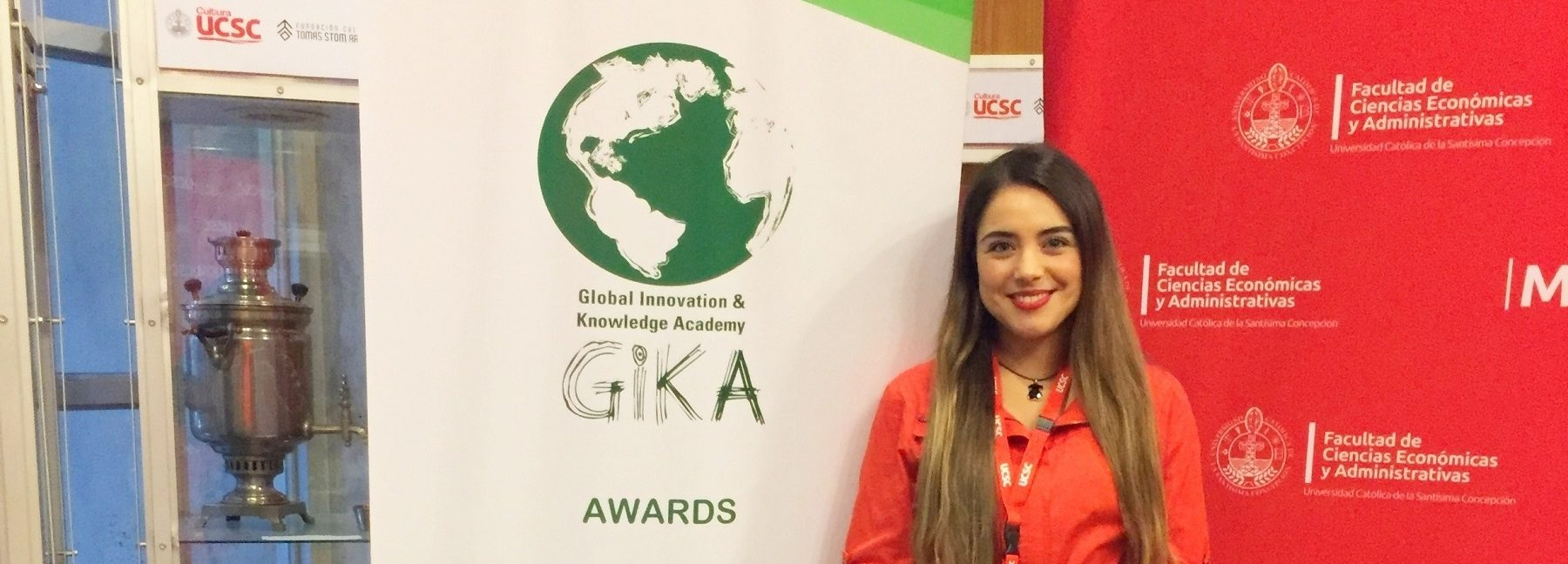 Académica UBB expuso en conferencia global sobre conocimiento de la innovación